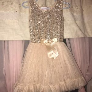 2T gorgeous gold dress